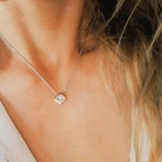 collier minimaliste tendance femme