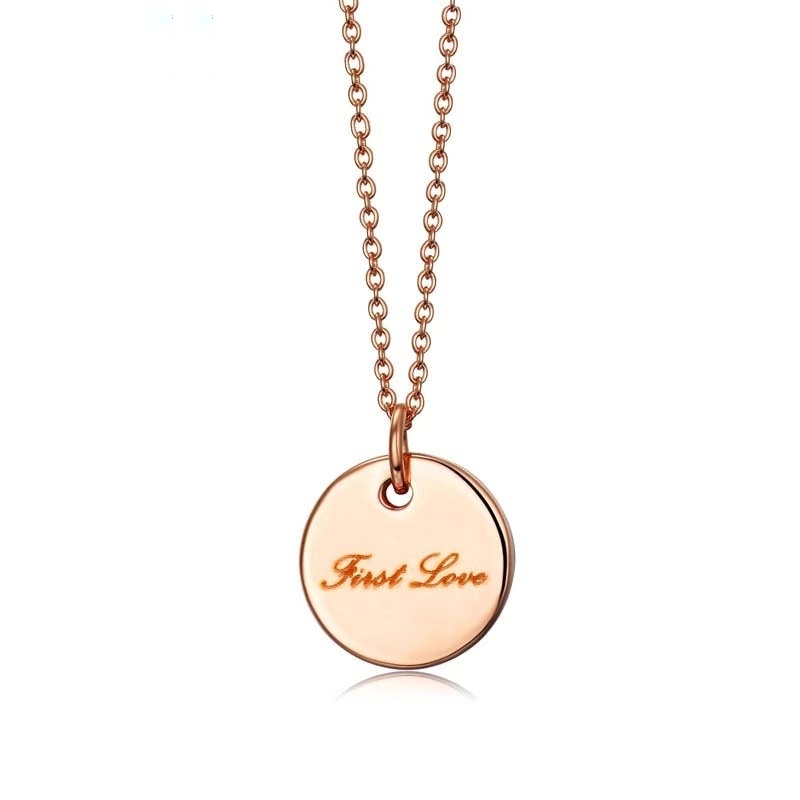 collier medaille first love
