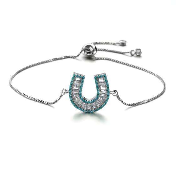 bracelet fer a cheval