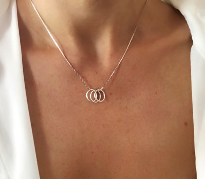 collier trinity cercles